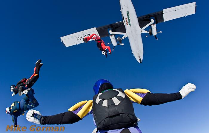 paracaidismo--xmasboogie2010ByMikeGorman0201-(5).jpg