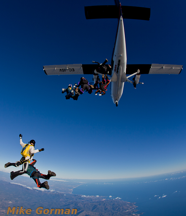 paracaidismo--xmasboogie2010ByMikeGorman0201-(59).jpg