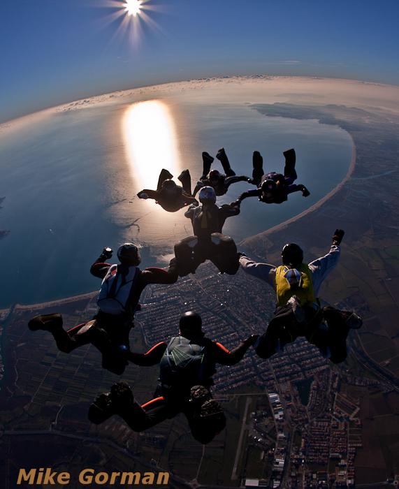 paracaidismo--xmasboogie2010ByMikeGorman0201-(61).jpg