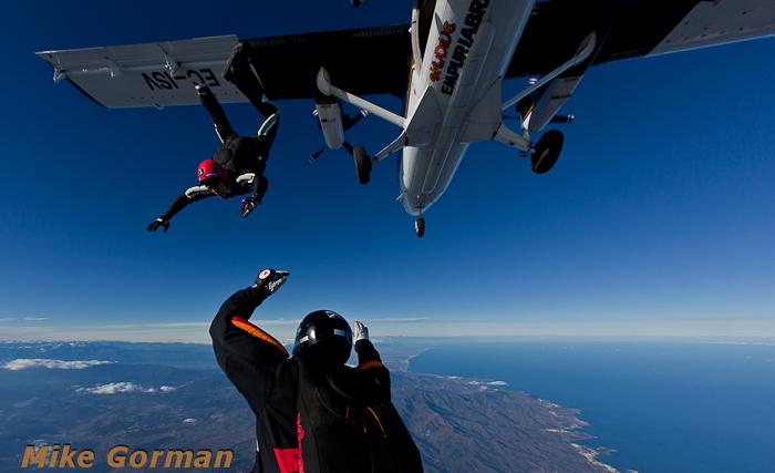 paracaidismo--xmasboogie2010ByMikeGorman0201-(67).jpg
