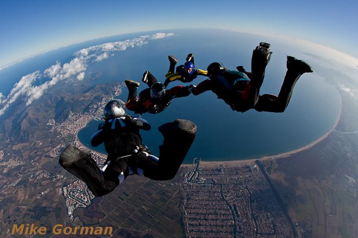 paracaidismo--xmasboogie2010ByMikeGorman0201-(68).jpg