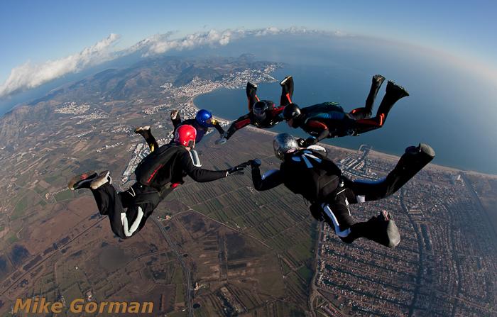 paracaidismo--xmasboogie2010ByMikeGorman0201-(70).jpg
