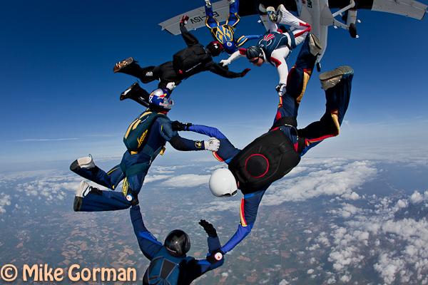 paracaidismo--hw26ByMikeGorman04042011-(2).jpg