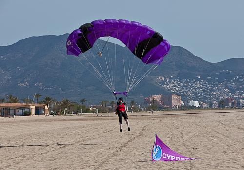 paracaidismo--hw27-11042011ByMikeGorman-(10).jpg