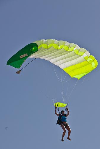 paracaidismo--hw27-11042011ByMikeGorman-(11).jpg