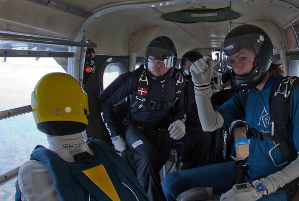paracaidismo--HW29byMikeGorman110619-(1).jpg
