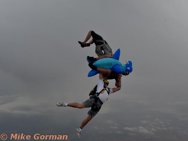 paracaidismo--MrWalrus072011ByMikeGorman-(13).jpg