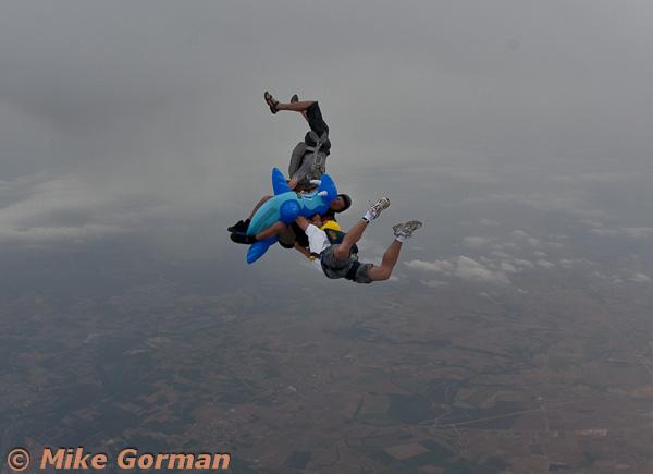 paracaidismo--MrWalrus072011ByMikeGorman-(14).jpg
