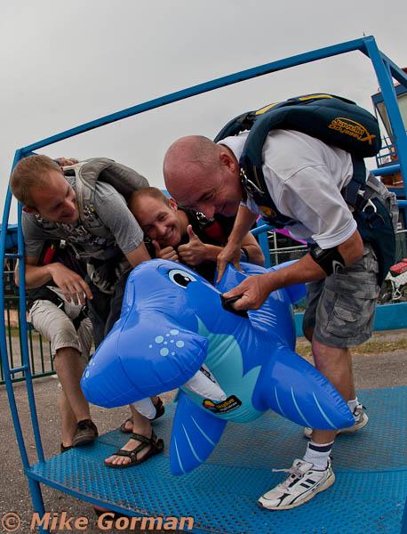 paracaidismo--MrWalrus072011ByMikeGorman-(5).jpg
