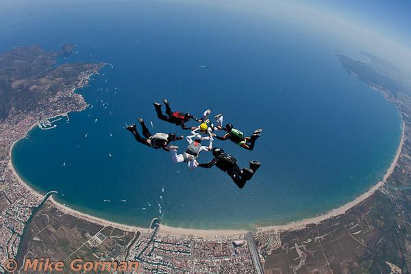 paracaidismo--hotWeekender30ByMikeGorman-(10).jpg