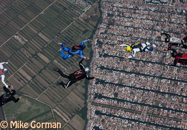 paracaidismo--hotWeekender30ByMikeGorman-(49).jpg