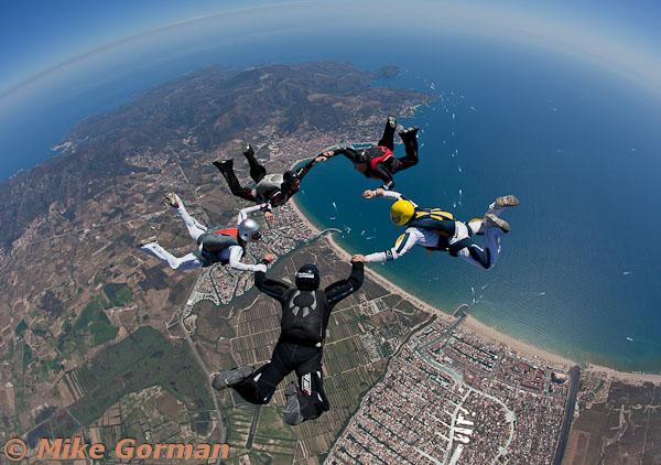 paracaidismo--hotWeekender30ByMikeGorman-(5).jpg