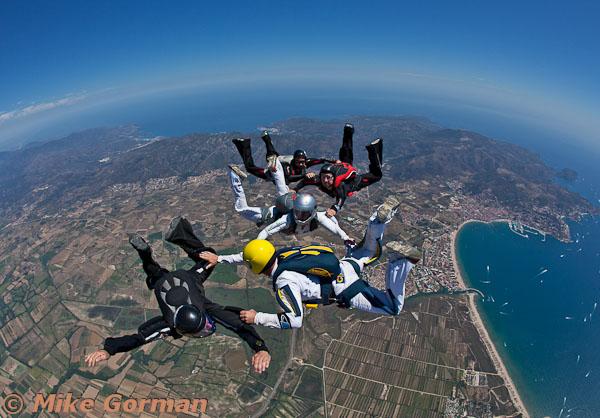 paracaidismo--hotWeekender30ByMikeGorman-(6).jpg