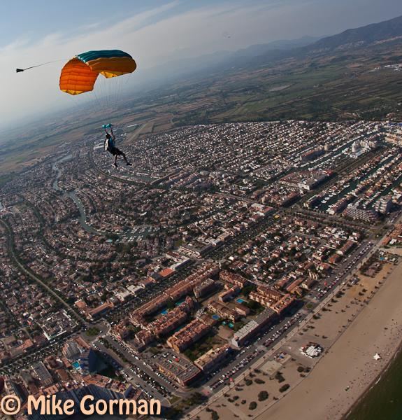 paracaidismo--hotWeekender30ByMikeGorman-(64).jpg