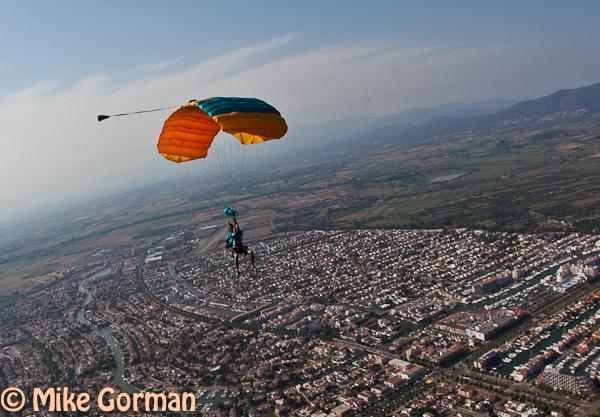 paracaidismo--hotWeekender30ByMikeGorman-(65).jpg