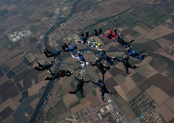 paracaidismo--16WayTrophy11ByMikeGorman-(12).jpg