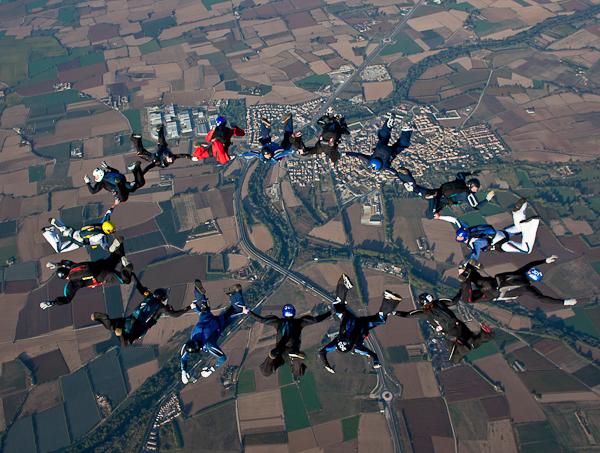paracaidismo--16wayT2011-ByMikeGorman-(184).jpg