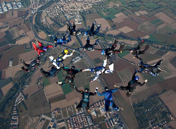 paracaidismo--16wayT2011-ByMikeGorman-(185).jpg