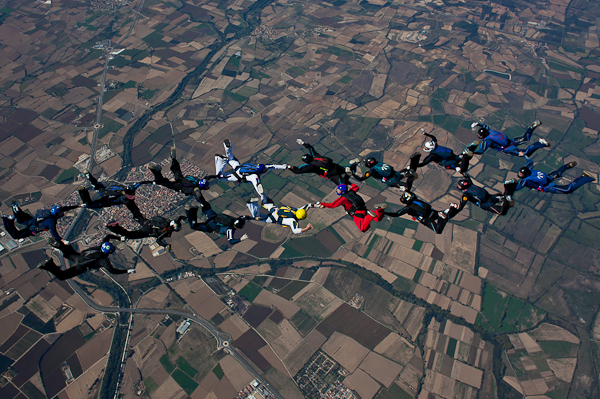paracaidismo--16wayT2011-ByMikeGorman-(220).jpg