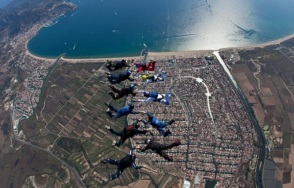paracaidismo--16wayT2011-ByMikeGorman-(23).jpg