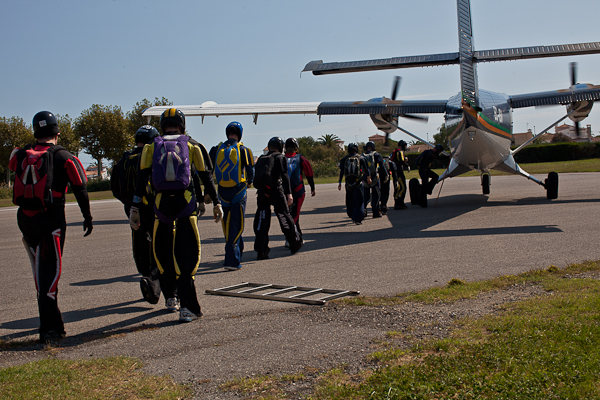 paracaidismo--16wayT2011-ByMikeGorman-(28).jpg