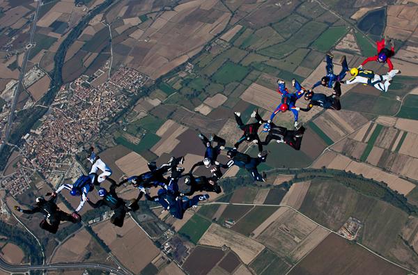 paracaidismo--16wayT2011-ByMikeGorman-(99).jpg