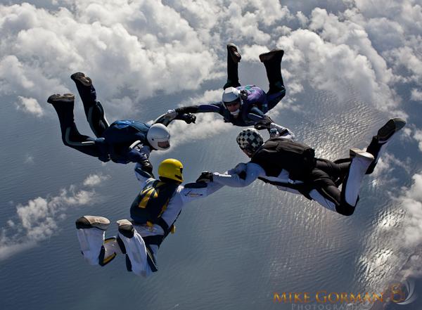paracaidismo--HW33ByMikeGorman1111-(26).jpg