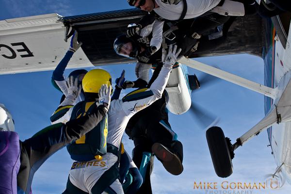 paracaidismo--HW33ByMikeGorman1111-(29).jpg