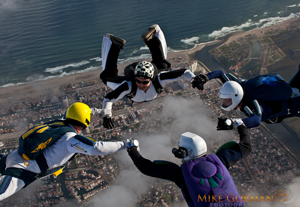 paracaidismo--HW33ByMikeGorman1111-(31).jpg