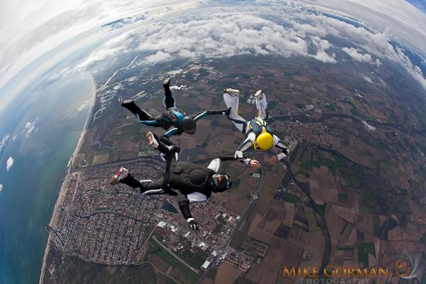 paracaidismo--HW33ByMikeGorman1111-(4).jpg
