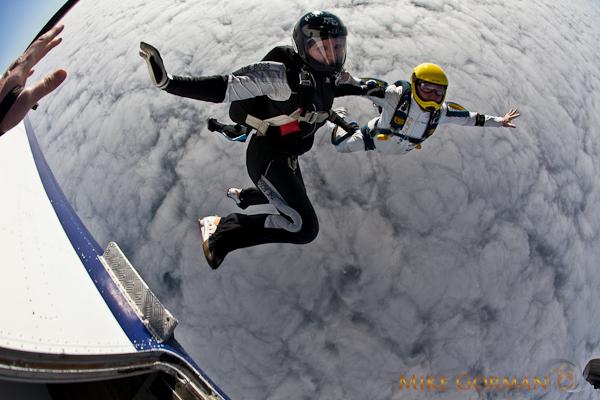 paracaidismo--HW33ByMikeGorman1111-(7).jpg