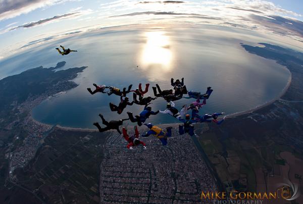 paracaidismo--byMikeGormanXmasB11l3d-(19).jpg