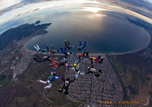 paracaidismo--byMikeGormanXmasB11l3d-(21).jpg