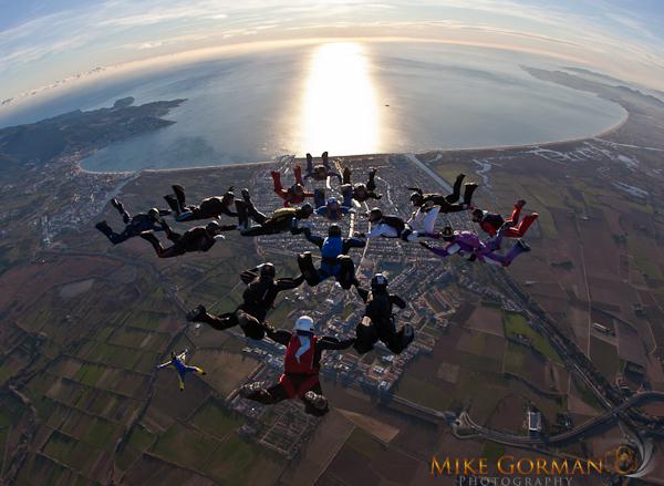 paracaidismo--byMikeGormanXmasB11l3d-(8).jpg