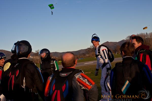 paracaidismo--xmas11ByMikeGorman2526-(31).jpg