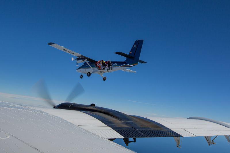 paracaidismo--tn_RKuratleEuCh2013-(1).jpg