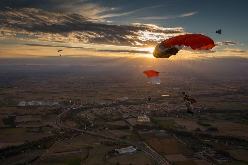 paracaidismo--tn_RKuratleEuCh2013-(25).jpg